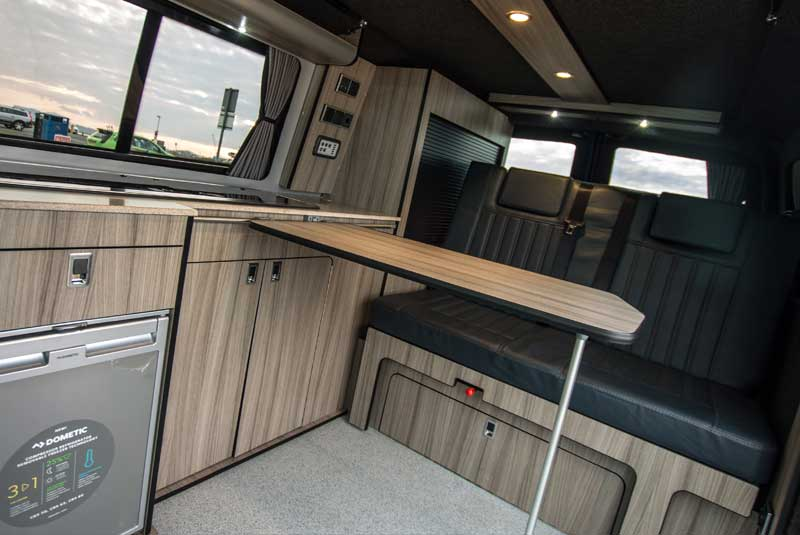 VW Transporter T5 140bhp Trendline Camper - Rear seats with table