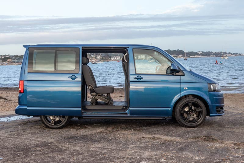 VW Transporter T5 125bhp Caravelle SWB - Right Side Doors Open
